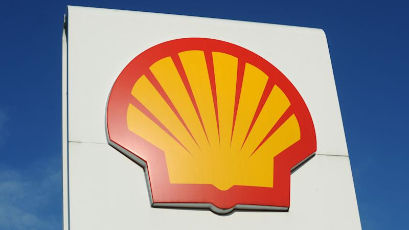 Shell to cut costs and reduce spending after oil price slump