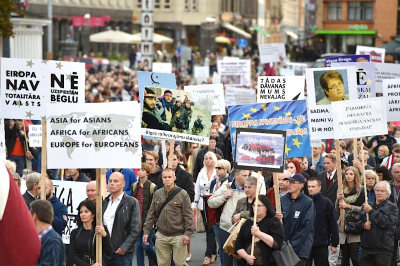 People protest against the arrival of migrants in Latvia, in Riga on September 22, 2015 (AFP Photo/Ilmars Znotins)