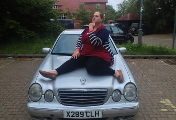 Hilarious eBay ad sends price of clapped-out Mercedes soaring