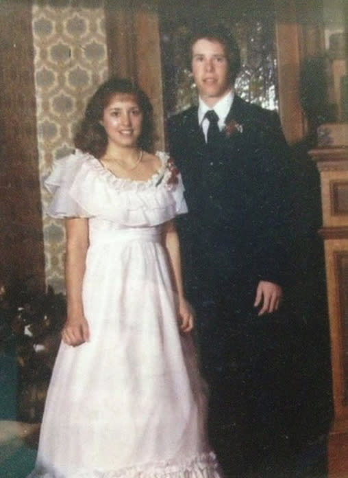 """<p>'Nineteen Kids and Counting' stars Jim Bob and Michelle Duggar on a memorable occasion: """"This #TBT goes back a few years. This was my first date with Michelle. She is as beautiful today as ever. I am very blessed to be married to my wife who every day exemplifies Proverbs 31!"""" -<a href=""""https://www.facebook.com/duggarfamilyofficial/photos/a.518180528315601.1073741828.510067475793573/638648569602129/?type=1&theater"""" rel=""""nofollow noopener"""" target=""""_blank"""" data-ylk=""""slk:Duggar Family Official"""" class=""""link rapid-noclick-resp"""">Duggar Family Official</a> (Facebook)<br></p>"""