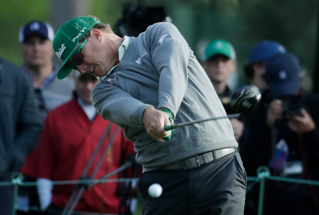 """<a class=""""link rapid-noclick-resp"""" href=""""/pga/players/696/"""" data-ylk=""""slk:Charley Hoffman"""">Charley Hoffman</a> scorched a windy Augusta on Thursday. (Getty)"""