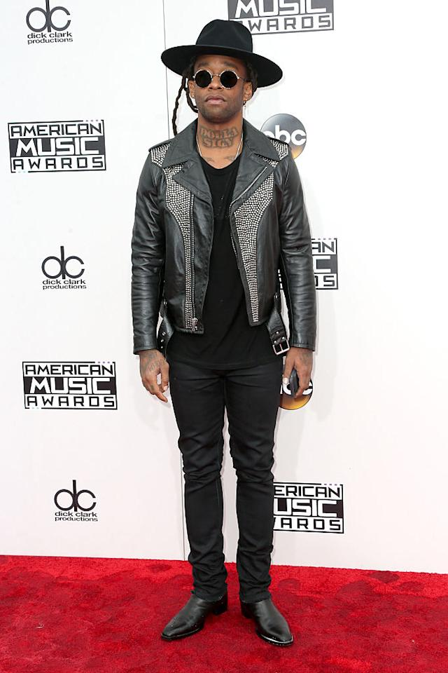 <p>Ty Dolla Sign opted for the standard head-to-toe black look. <em>(Photo: Getty Images)</em> </p>