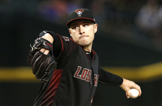 "Patrick Corbin's family wants him to sign with the <a class=""link rapid-noclick-resp"" href=""/mlb/teams/nyy"" data-ylk=""slk:Yankees"">Yankees</a>. (AP Photo)"