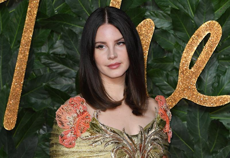 New Lana Del Rey song responds to mass shootings