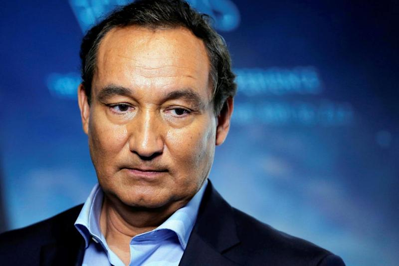 Oscar Munoz accused the passenger of behaving in a