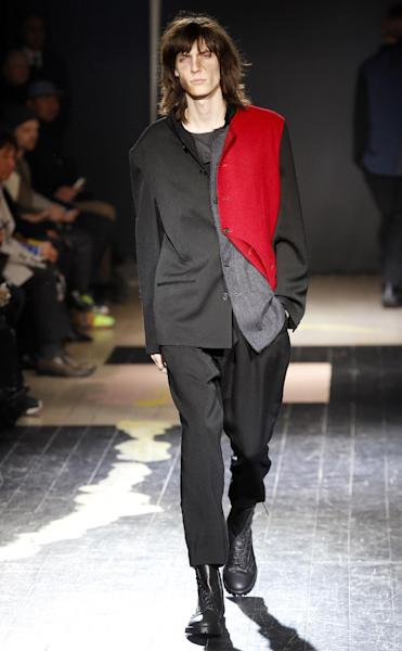 A look from the Yohji Yamamoto Fall-Winter 2015-2016 collection unveiled in Paris