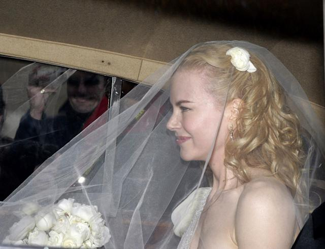 Nicole Kidman leaving her home on the way to Manly, Australia, for her wedding with Keith Urban on June 25, 2006. (Photo: Getty Images)