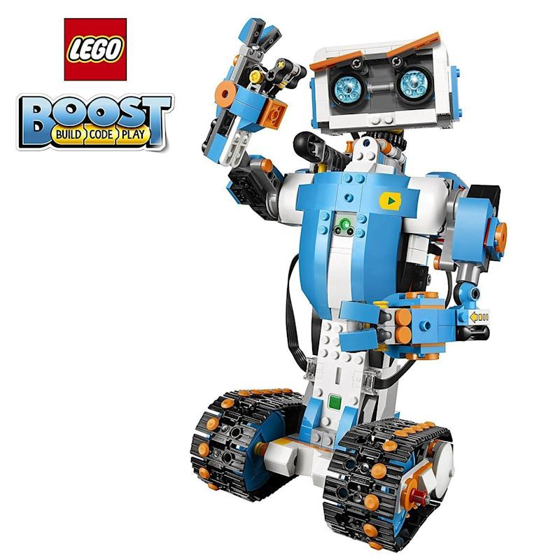 "This robot kit for kids is a fun <a href=""https://www.amazon.com/dp/B06Y6JCTKH?tag=goodhousekeeping_auto-append-20&ascsubtag=[artid