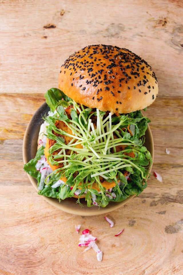 """<p>Feel like <a href=""""https://www.womenshealthmag.com/food/g21096675/vegan-snacks/"""" target=""""_blank"""">eating vegan on-the-go</a> pretty much always involves ordering a side salad sans the meat, cheese, and dressing? Plain lettuce and a few tomatoes gets old <em>fast</em>. </p><p>With eggs hidden in """"special sauces"""" and lard in the French fries, finding animal-free meals in restaurants requires a lot of detective work—especially at <a href=""""https://www.womenshealthmag.com/food/g25573576/healthy-fast-food-restaurants/"""" target=""""_blank"""">fast food joints and nationwide fast-casual chains</a> that may not have all of their menu's ingredient info right out in the open for you to sift through.</p><p>The next time you're on the road, visiting friends, or just feel like grabbing a quick and easy bite to eat, go for one of the following vegan-friendly eateries. With easy (and delish) vegan options on their menus, you can order and enjoy your eats without having to whip out your magnifying glass. Go ahead and kiss those sad side salads goodbye.<em></em><br></p>"""