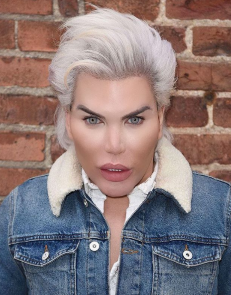 He gained his nickname the Human Ken Doll after having hundreds of cosmetic procedures. Photo: Instagram/rodrigoalvesuk