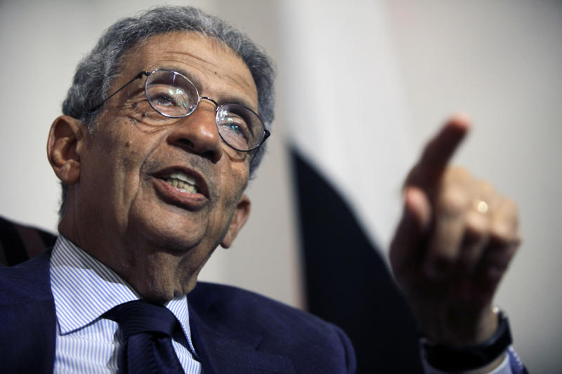 "Amr Moussa, longtime Egyptian diplomat and former presidential contender, speaks during an interview with the Associated Press in Cairo, Egypt, Tuesday, Aug. 6, 2013. Moussa says the Muslim Brotherhood must drop its demand that the toppled president be reinstated if the country is to avoid more bloodshed. Moussa told The Associated Press on Tuesday that the Islamist group's calls for President Mohammed Morsi to return to power are ""untenable."" (AP Photo/Amr Nabil)"