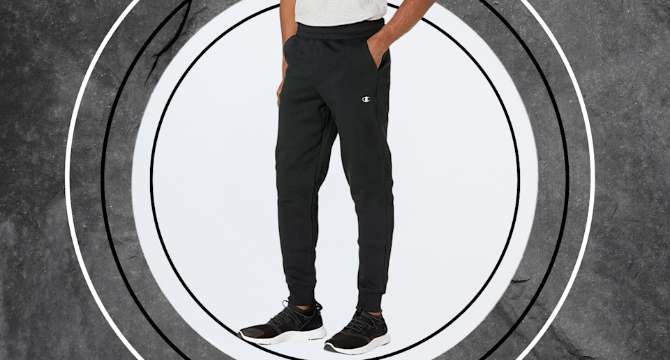 The 'most comfortable' pants ever: These $27 sweatpants are flying off the shelves (Photo via Amazon)