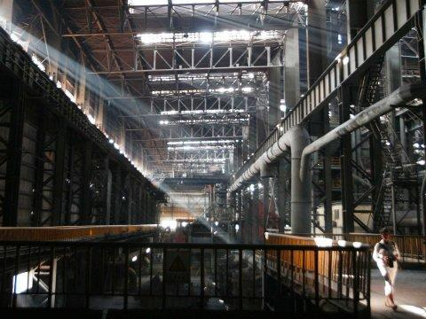 empty idle chinese steel factory manufacturing