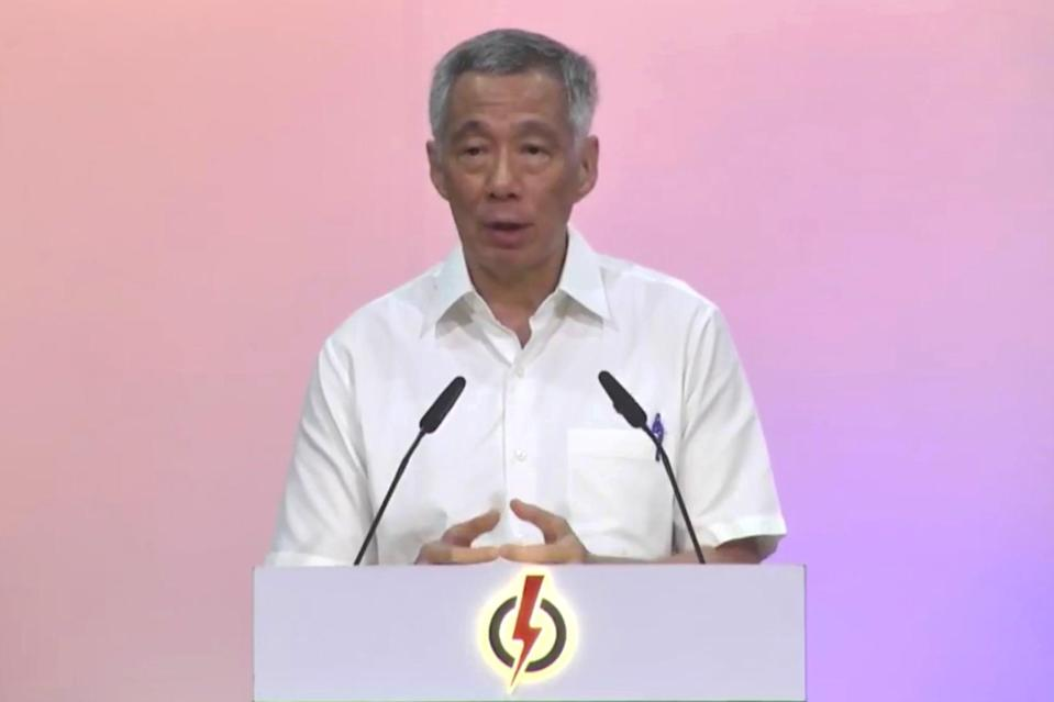 PAP secretary-general Lee said the new CEC will meet and elect its new office holders in less than two weeks.