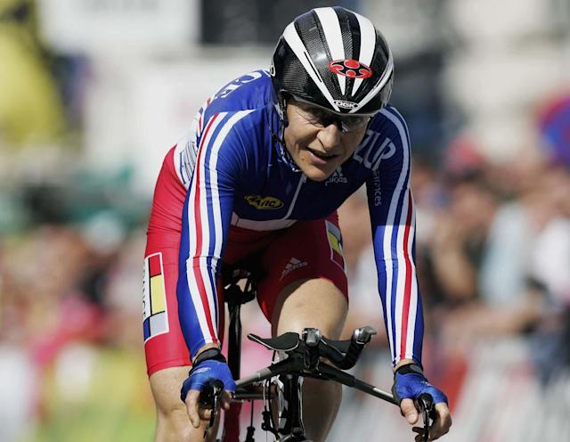 SALZBURG, AUSTRIA - SEPTEMBER 20: Jeannie Longo-Ciprelli of France in action during the Women's Elite Time Trial at the 2006 UCI Road World Championships on September 20 2006, in Salzburg, Austria. (Photo by Bryn Lennon/Getty Images)