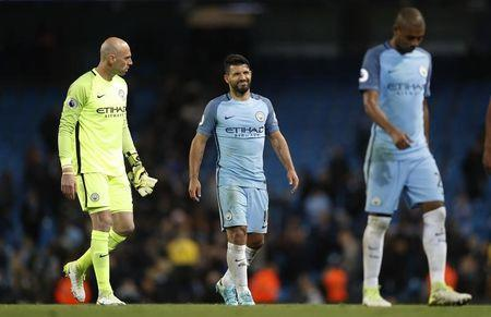 Britain Soccer Football - Manchester City v Manchester United - Premier League - Etihad Stadium - 27/4/17 Manchester City's Willy Caballero and Sergio Aguero at the end of the match Reuters / Darren Staples Livepic
