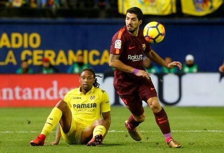 FILE PHOTO - Soccer Football - La Liga Santander - Villarreal vs FC Barcelona - Estadio de la Ceramica, Villarreal, Spain - December 10, 2017 Villarreal's Ruben Semedo in action with Barcelona's Luis Suarez . REUTERS/Heino Kalis