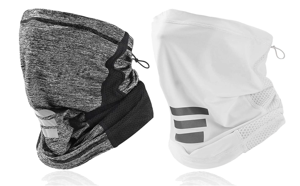 11 breathable masks to wear during your workout: LANVO UV Adjustable Neck Gaiter in Grey & White (Photo via Amazon)