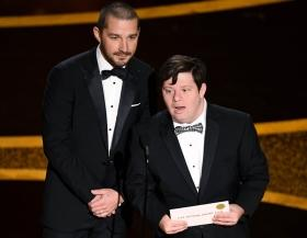 Zack Gottsagen becomes first Oscar presenter with down syndrome