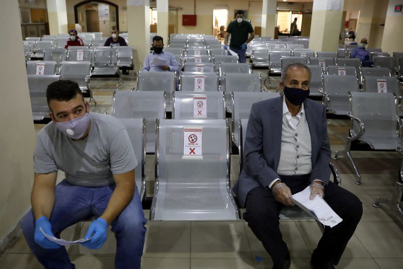 Jordan warns of full lockdown after virus cases surge