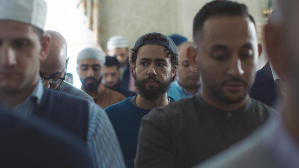Ramy Youssef (center) in the pilot
