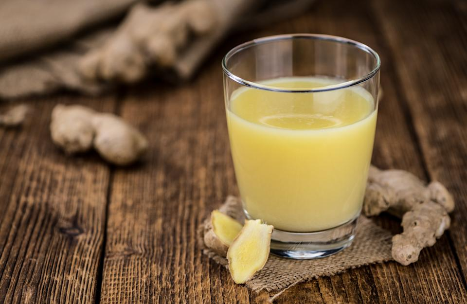 A popular Ayurvedic root, ginger is useful in combating nausea, regulating blood sugar levels, and also has anti-oxidant and anti-inflammatory properties. <br><br>It is best to avoid consuming more than 4 grams of ginger a day as it could cause heartburn and indigestion. Pregnant women should also avoid consuming more than the daily limit of 1500 mg, as it may increase the risk of miscarriage. <br><br>Garlic also contains a natural acid called salicylate which may keep blood from clotting. Hence, its is important to be cautious while consuming ginger, along with garlic and cloves as they all are blood thinners.