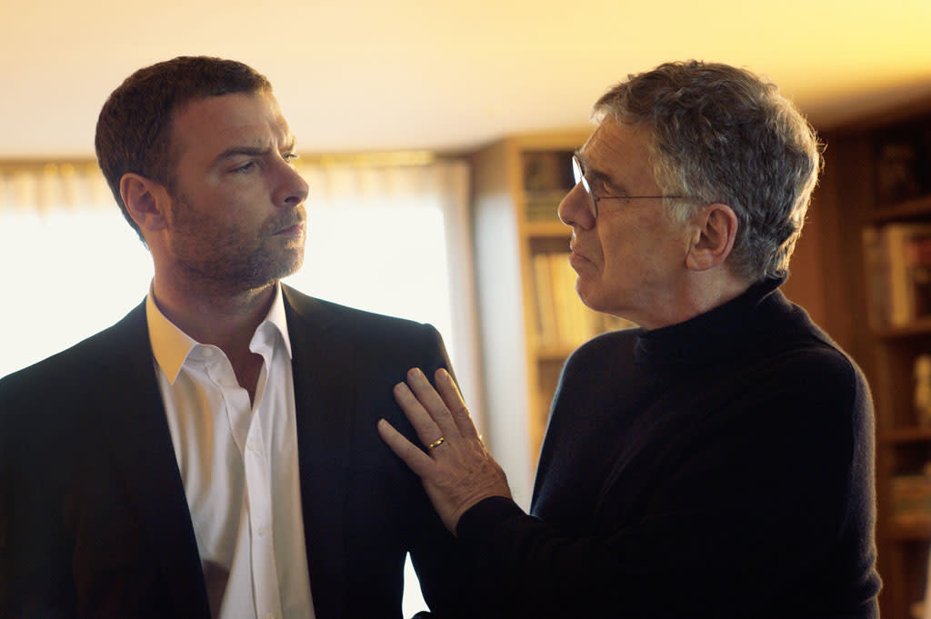 "Liev Schreiber as Ray Donovan and Elliott Gould as Ezra Goodman in the series premiere of Showtime's ""Ray Donovan."""