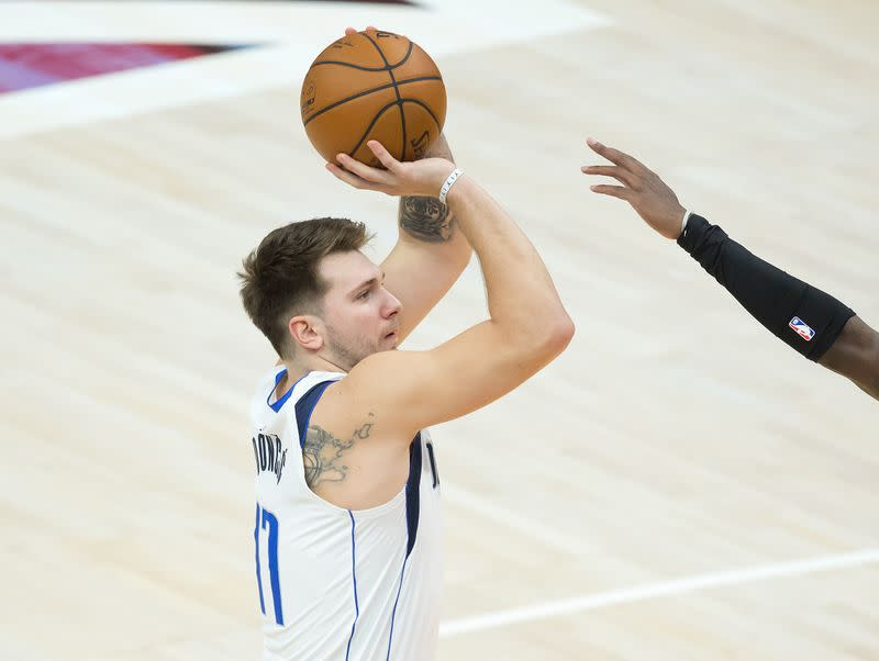 Frustrated Mavs Prepare For Consecutive Meetings With Suns