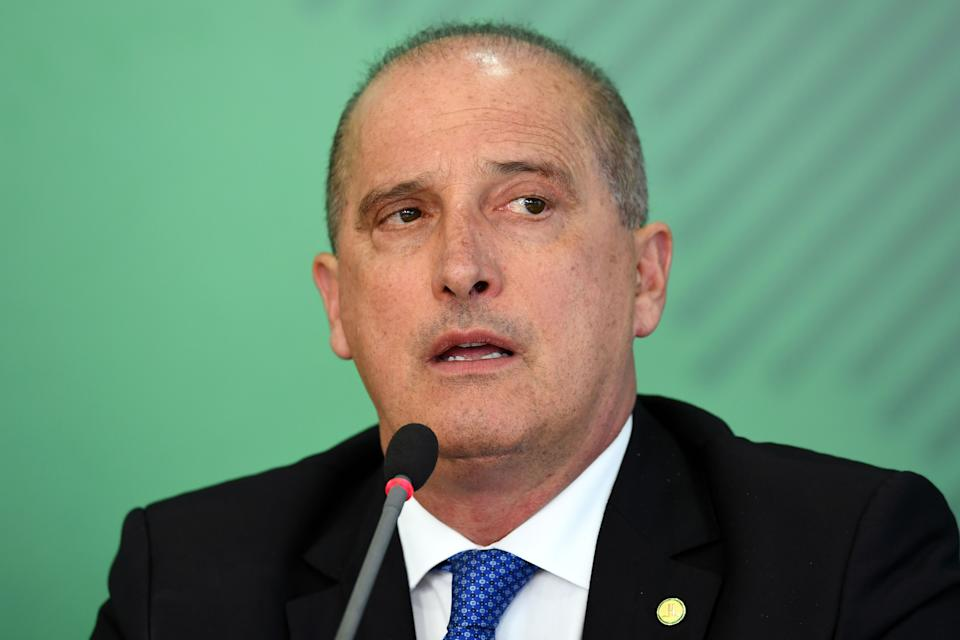 Brazil's Chief of Staff Onyx Lorenzoni offers a press conference to announce measures to support truck drivers and prevent future strikes, at Planalto Palace in Brasilia, on April 16, 2019. (Photo by EVARISTO SA / AFP)        (Photo credit should read EVARISTO SA/AFP via Getty Images)