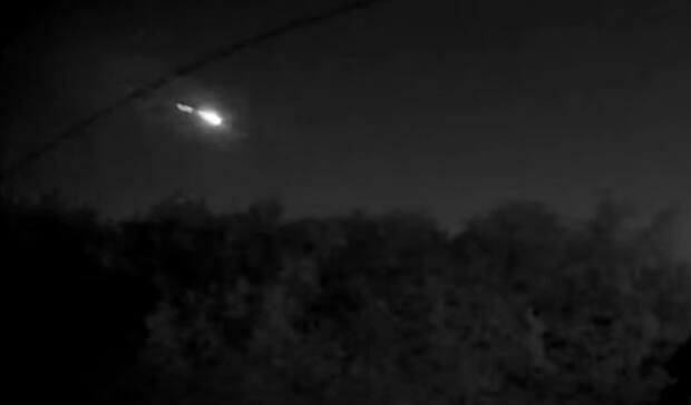 If this fireball survived to hit the earth's surface, it likely landed somewhere between Ottawa and Montreal, according to computer modelling done by the International Meteor Organization. (YouTube screen capture - image credit)