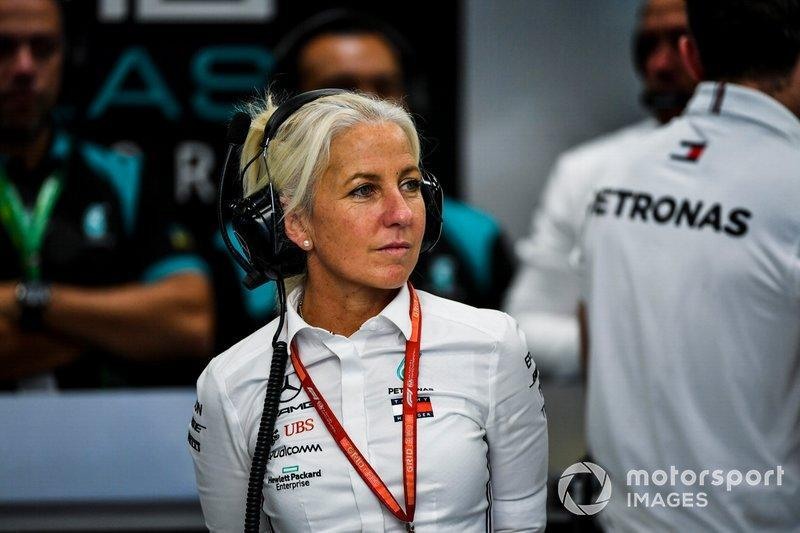 """Angela Cullen, Physio for Lewis Hamilton <span class=""""copyright"""">Mark Sutton / Motorsport Images</span>"""