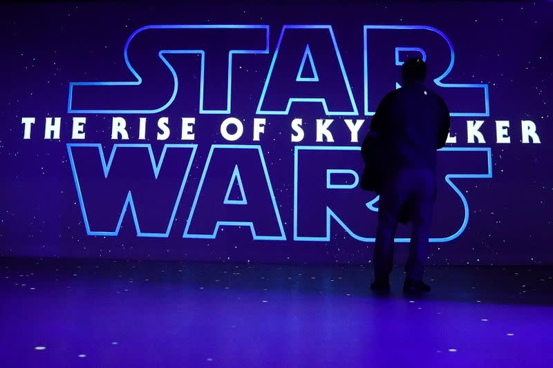 Hollywood cheers 'Rise of Skywalker' at film's world premiere