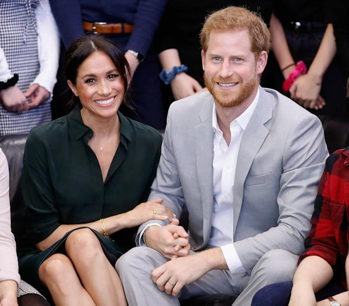 <p>Meghan, Duchess of Sussex and Prince Harry, Duke of Sussex make an official visit to the Joff Youth Centre in Peacehaven, Sussex on October 3, 2018 in Peacehaven, United Kingdom. </p> (Photo by Chris Jackson/Getty Images)