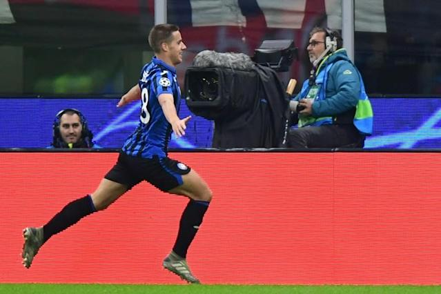 Atalanta's Croatian midfielder Mario Pasalic scored a double against Brescia (AFP Photo/Miguel MEDINA)