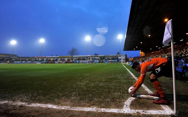 "Soccer Football - League Two - Luton Town vs Barnet - Kenilworth Road, Luton, Britain - March 24, 2018 Luton Town's Alan Sheehan prepares to take a corner Action Images/Adam Holt EDITORIAL USE ONLY. No use with unauthorized audio, video, data, fixture lists, club/league logos or ""live"" services. Online in-match use limited to 75 images, no video emulation. No use in betting, games or single club/league/player publications. Please contact your account representative for further details."