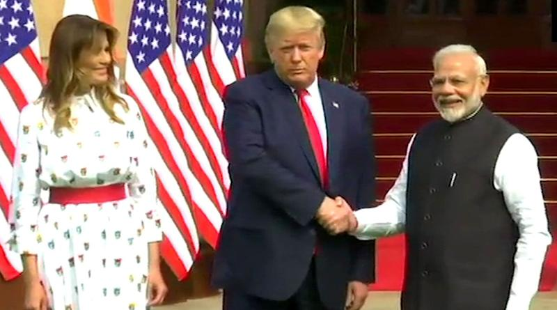 India Denies Donald Trump's Claim That PM Narendra Modi Spoke to US President And is Not in 'Good Mood' Over LAC Standoff With China