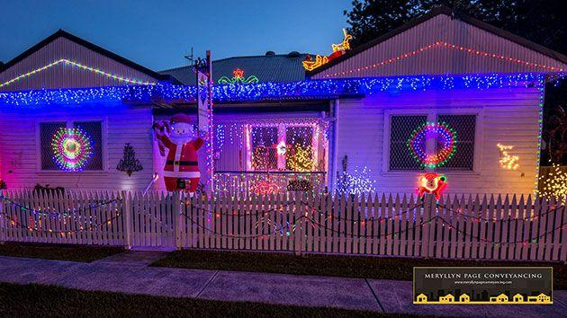 This is what the Merryllyn Page Conveyancing has as their Christmas lights display before the robbery. Photo: Meryllyn Page Conveyancing