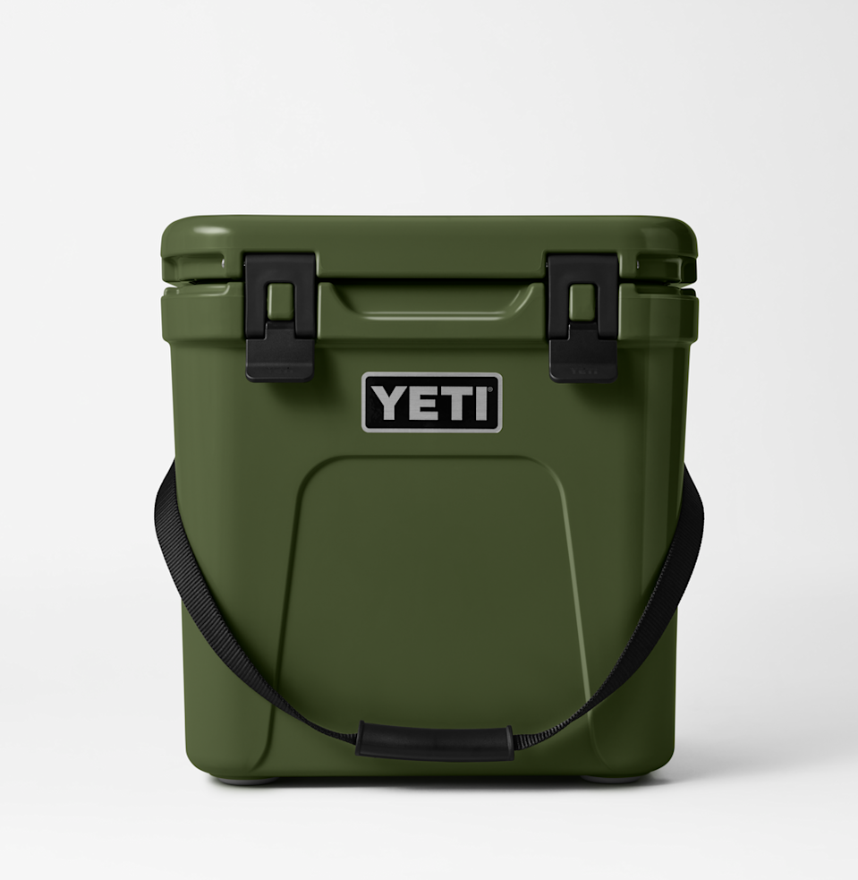 """<p><strong>Yeti</strong></p><p>yeti.com</p><p><strong>$199.99</strong></p><p><a href=""""https://go.redirectingat.com?id=74968X1596630&url=https%3A%2F%2Fwww.yeti.com%2Fen_US%2Fcoolers%2Fhard-coolers%2Froadie-24%2F10022290000.html&sref=https%3A%2F%2Fwww.esquire.com%2Flifestyle%2Fg22141607%2Fbest-gifts-for-boyfriend-ideas%2F"""" rel=""""nofollow noopener"""" target=""""_blank"""" data-ylk=""""slk:Buy"""" class=""""link rapid-noclick-resp"""">Buy</a></p><p>At the pinnacle of enviable <a href=""""https://www.esquire.com/lifestyle/g37069847/outdoorsmen-gifts/"""" rel=""""nofollow noopener"""" target=""""_blank"""" data-ylk=""""slk:outdoors gear"""" class=""""link rapid-noclick-resp"""">outdoors gear</a> is the <a href=""""https://www.esquire.com/lifestyle/g37101458/yeti-new-colors-launch-fall-2021/"""" rel=""""nofollow noopener"""" target=""""_blank"""" data-ylk=""""slk:Yeti cooler"""" class=""""link rapid-noclick-resp"""">Yeti cooler</a>. And in this rich shade of olive green, it's doubly covetable. </p>"""