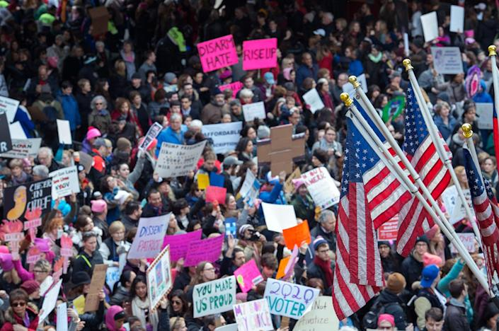 <p>Protesters march in New York during the Womens March on January 21, 2017. (BRYAN R. SMITH/AFP/Getty Images) </p>