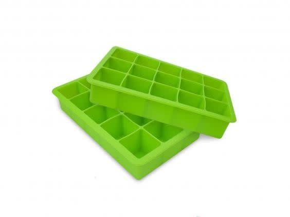 Fill up your ice cube trays and add to their water bowls (Amazon)