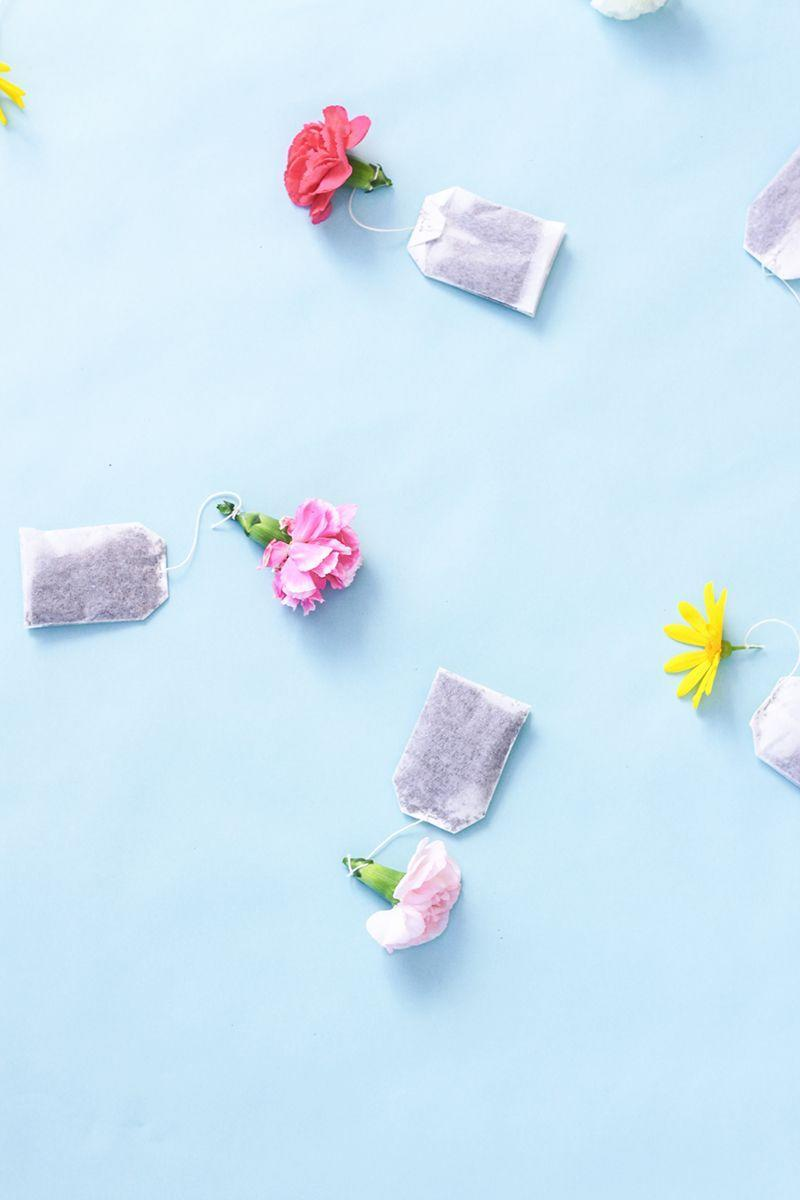 "<p>Bake her a cake, then gift her best-selling teas, and dress them up with these simple floral attachments — we recommend choosing mom's favorite faux flowers for longevity.</p><p><em><a href=""http://www.thekipiblog.com/2016/01/diy-floral-tea-bags.html"" rel=""nofollow noopener"" target=""_blank"" data-ylk=""slk:Get the tutorial at The Kipi Blog »"" class=""link rapid-noclick-resp"">Get the tutorial at The Kipi Blog »</a></em> </p>"