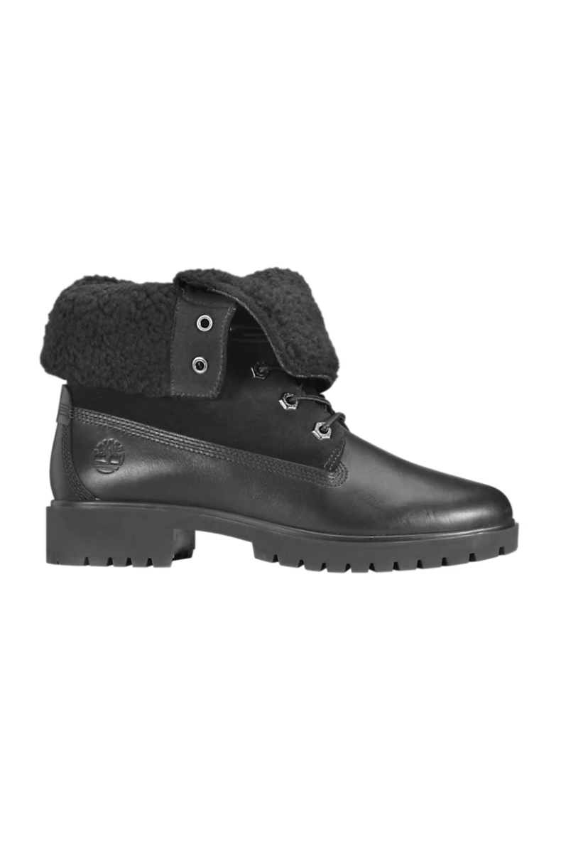 """<p><strong>Timberland</strong></p><p>timberland.com</p><p><strong>$109.95</strong></p><p><a href=""""https://go.redirectingat.com?id=74968X1596630&url=https%3A%2F%2Fwww.timberland.com%2Fshop%2Fwomens-winter-boots%2Fwomens-jayne-waterproof-fleece-lined-boots-black-a1sgk015&sref=https%3A%2F%2Fwww.marieclaire.com%2Ffashion%2Fg3388%2Fsnow-boots-for-women%2F"""" rel=""""nofollow noopener"""" target=""""_blank"""" data-ylk=""""slk:SHOP IT"""" class=""""link rapid-noclick-resp"""">SHOP IT</a></p><p>If you love the durability of your Timberlands but the style...not so much...go for this new look that can be worn folded up or down. </p>"""