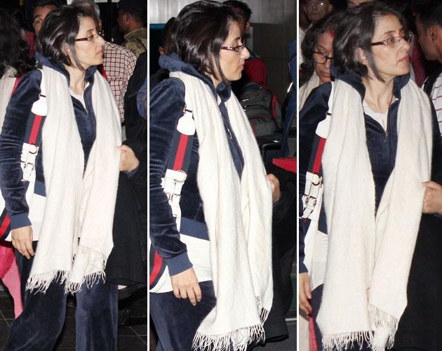 We spotted Manisha Koirala at the airport on her way to the US for further treatment. According to a report in Times of India, Manisha had a premonition that she may be unwell.