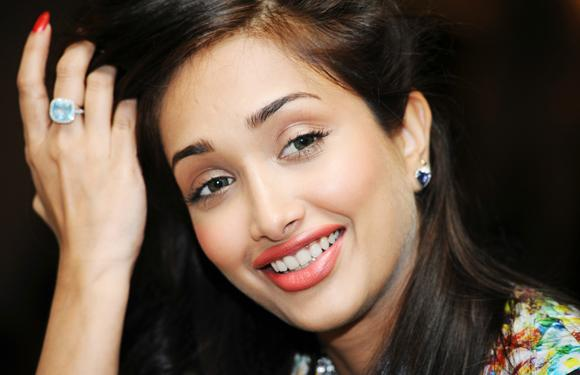 10. Jiah Khan had her first brush with the camera with 'Dil Se'. She portrayed Manisha Koirala's childhood role in the film.
