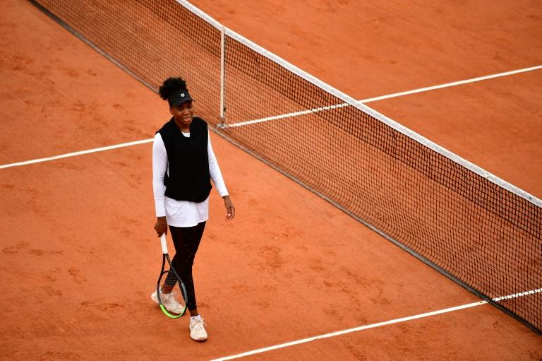 Venus knocked out in Roland Garros opener