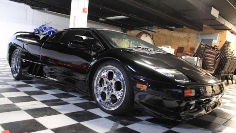 Wake Up The Devil With This 1999 Lamborghini Diablo Vt Roadster
