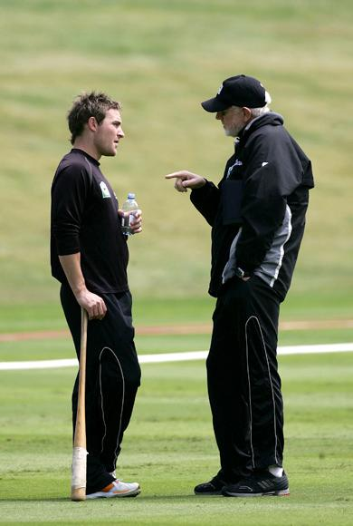 QUEENSTOWN, NEW ZEALAND - DECEMBER 30:  Brendon McCullum of New Zealand (L) talks with sports psychologist Gary Hermanson during a New Zealand practice session at the Queenstown Events Centre on December 30, 2006 in Queenstown, New Zealand. New Zealand play Sri Lanka in the second one day international match on Sunday.  (Photo by Phil Walter/Getty Images)