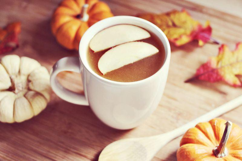 "<p><b>Get the recipe</b>: <a href=""http://www.abeautifulmess.com/2012/11/spiked-maple-apple-cider-recipe.html"" target=""_blank"" class=""ga-track"" data-ga-category=""Related"" data-ga-label=""http://www.abeautifulmess.com/2012/11/spiked-maple-apple-cider-recipe.html"" data-ga-action=""In-Line Links"">spiked maple cider</a></p>"