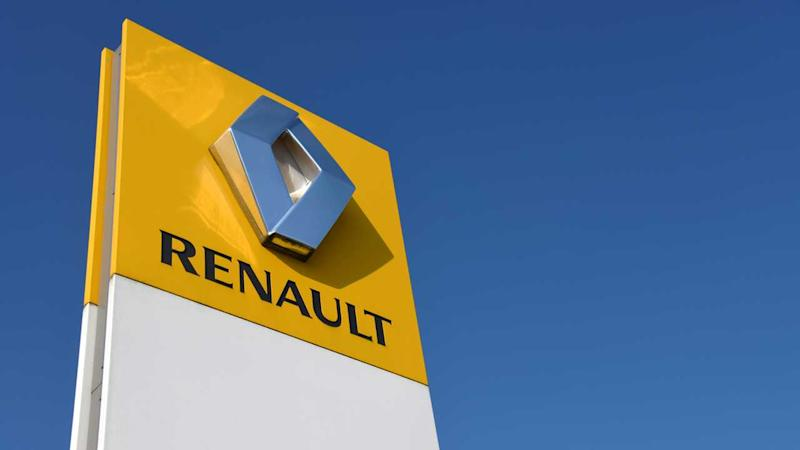 Renault logo sign in Buchholz Germany