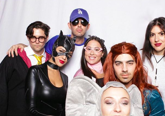 <p>Joe Jonas dressed as fiancée Sophie Turner's 'Game of Thrones' character for Halloween and if that isn't #CoupleGoals then we don't know what is… <em>[Photo: Instagram]</em> </p>